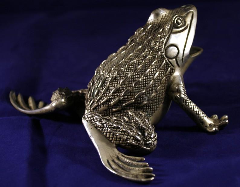 Tibet Silver Frog_Post 1940_2.5x5.5