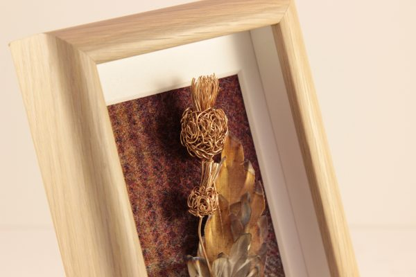Handmade Copper Wire Thistle Framed Oak effect _6.5x 4.5 x 1.5_65 (3)