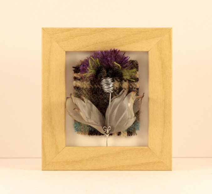 Handmade Fabric Thistle Mini Frame_4.5x4x1.5
