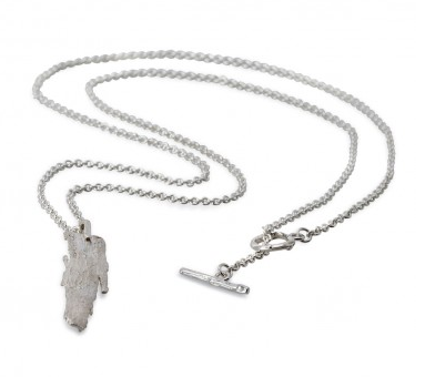 i love a lassie_ Bark Long Pendant_ Silver chain detail