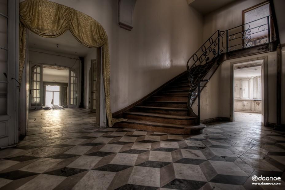 Daan Oude Elferink - Crazy Floor - EDITION 8