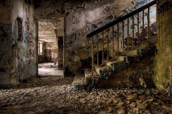 Daanoe-Downstairs