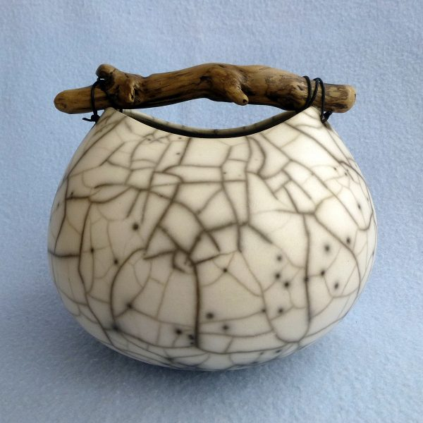 7 rounded crackle pot